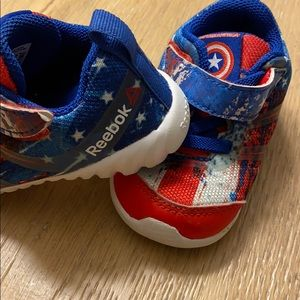 Size 4 REEBOK MARVEL baby kid shoes sneakers